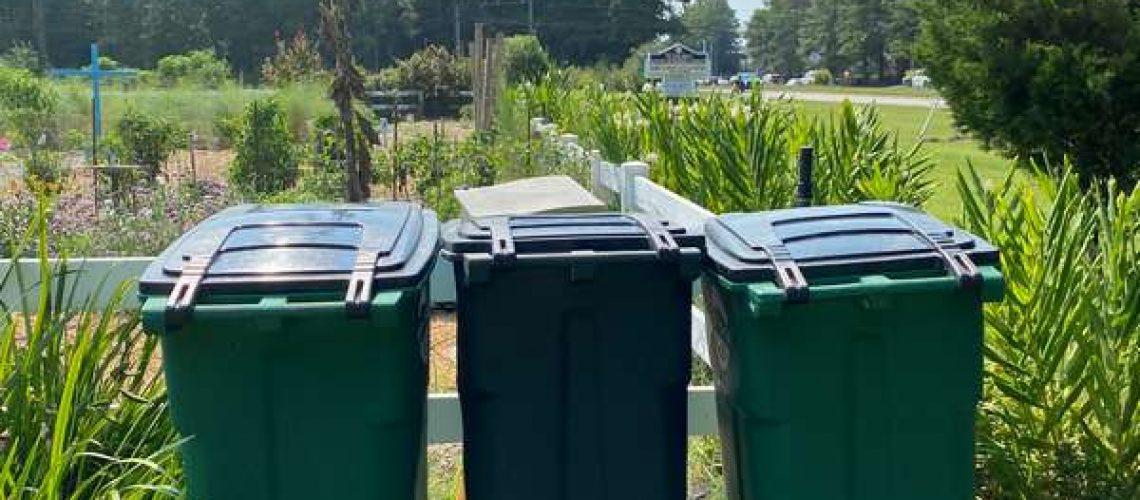 community garden composting-